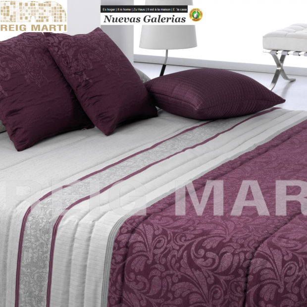 Reig Marti Quilt Reig Marti | Gador purple - 1 Gador comforter in purple, from the 3B range by Reig Martí. Quilt made of jacquar