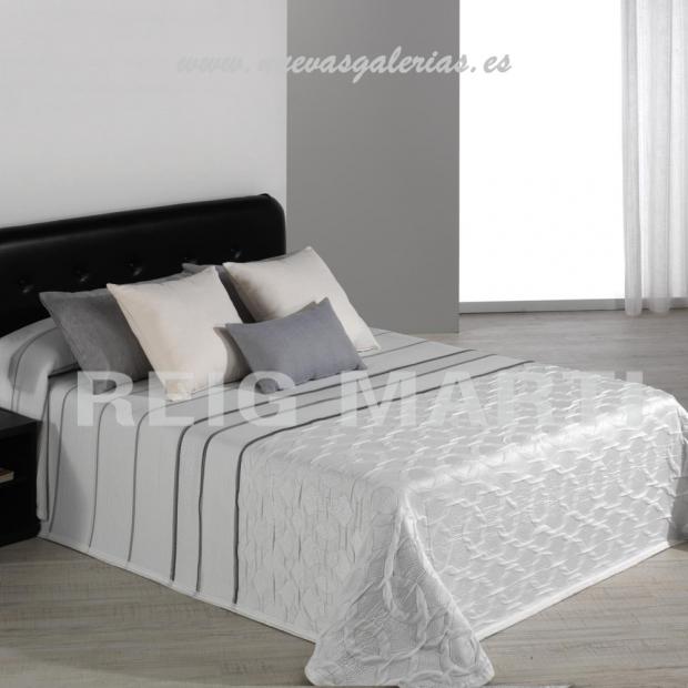 Reig Marti Reig Marti Bettüberwurf | Calson 00 - 1 Jacquard Steppdecke Modell Calson von Reig Martí. Genießen Sie diese Steppdec
