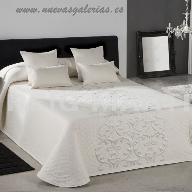 Reig Marti Reig Marti Bedcover | Piano 00 - 1 Jacquard bedspread model Piano, by Reig Martí. Enjoy this Bedcover available in va