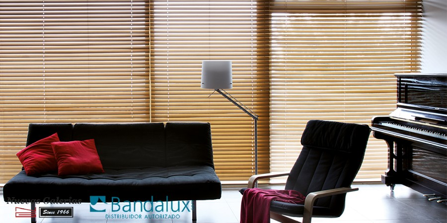 Wooden venetian Motorized blind 50mm | Bandalux